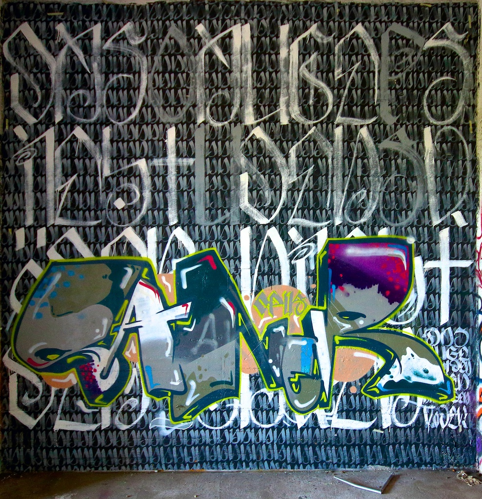 Graffitöses am Osthafen